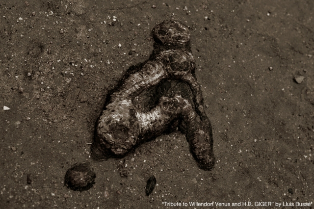 Tribute to H.R. Giger and Venus of Willendorf