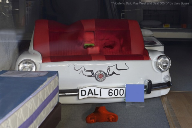 Tribute to Dalí, Mae West and Seat 600