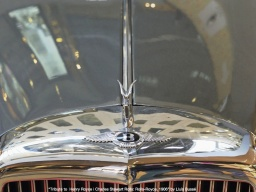 Tribute to Henry Royce and Charles Stewart Rolls: Rolls-Royce, 1906